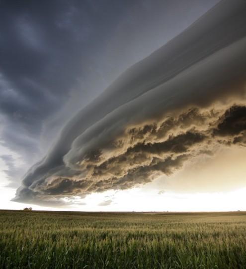Cloud-shelf-cloud-550